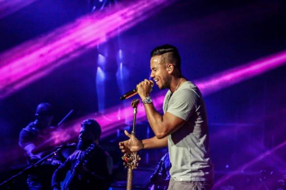Romeo Santos at Golden 1 Center